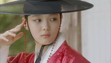 Love in the Moonlight Episode 1
