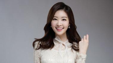 Yoon Ji Yeon