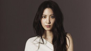 Claudia Kim