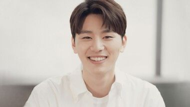 Kim Woo Seok (1994)