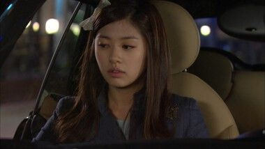Ha Ni's Two Men: Playful Kiss