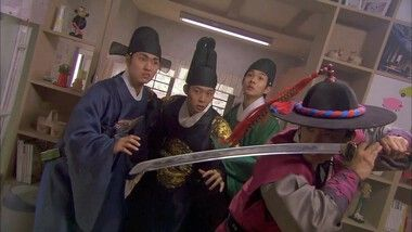 Rooftop Prince Episode 2