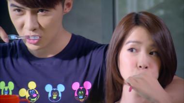 Jia Wei and Xiao Tong's upside down kiss: Murphy's Law of Love