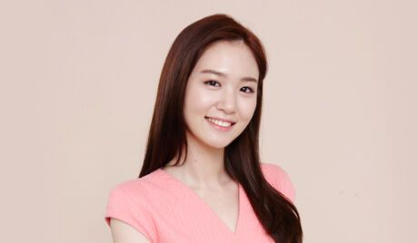 Lee Young Eun (1993)